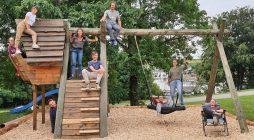 Chantier d'été à Treyvaux : des jeunes se questionnent et retroussent leurs manches